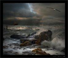 Обыкновенный шторм / Давно собирался сделать работу со штормовым морем. Собирал состовляющие. И вот на Ваш суд плод моих стараний. В работе использованны только мои фотографии. Все кадры сделаны в феврале этого года на пляжах и морвокзале Одессы