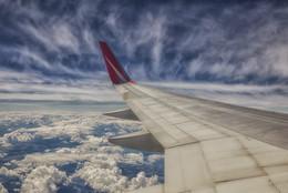 Под крылом самолета.... / ***