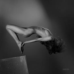 Jump / jump#run#valerytitovphotography#studio
