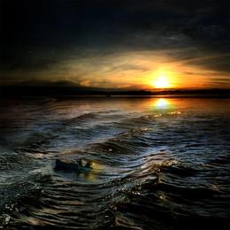 Успеть до заката... / Работа сделана из моих фотографий отснятых в разных местах и в разное время... Сводилось в PS CC.