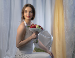 Портрет девушки с букетом роз / Fujifilm PhotoDay в Краснодаре