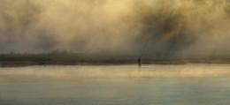 / утром на берегу реки