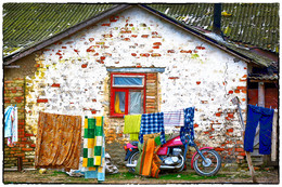 Большая стирка... / Дом. Белье. Мотоцикл.