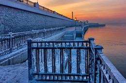 Противостояние / Иркутск, закат на Ангаре, 5 января 2017 года.  С Рождеством Христовым, коллеги!