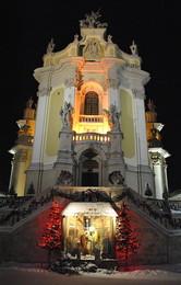Церква Юра / Вечір