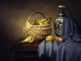 Натюрморт с грушами / классический натюрморт