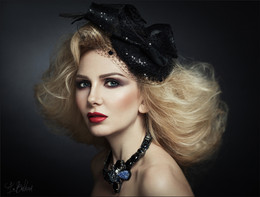 / Md: Maria Klochkova Make up & hair: Irina Nersesyan Dress: Diana Pavlovskaya Jewelry designer:Tatyana Yakischik