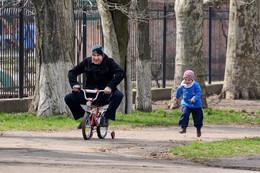 Невыдуманая история... / Катание на велосипеде...