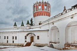 Лопухинские палаты / Палаты Новодевичьего монастыря построены в 1687-1688 гг.