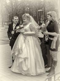 Вам смешно, а мне жениться... / Всех с 1 апреля, друзья! :)  http://www.youtube.com/watch?v=GoyXw2daNas