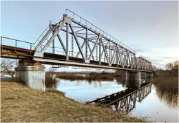 Мост в разливе / Ж\д мост через р. Друть