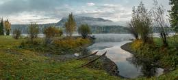 Утро. Алтай / Телецкое озеро. Станция МЧС