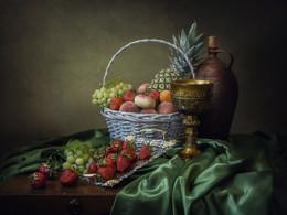 Летнее изобилие / классический фруктовый натюрморт в винтажном стиле