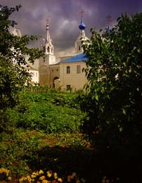Боголюбово,монастырь / монастырь