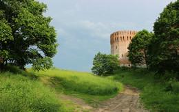 Башня Орел Смоленской крепости / ---