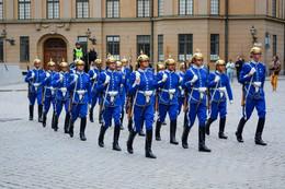 Королевская гвардия Стокгольм / Смена караула у королевского дворца