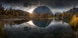 / Abends bei Sonnenuntergang am Fuße des Grimmings in der Steiermark-.,