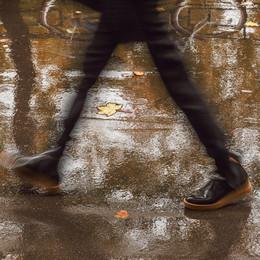 """Осень постучалась в двери / или в продолжение флэшмоба А.Малахова Записки земского ортопеда или """"Ноги - наше все!""""))  [img]http://s019.radikal.ru/i620/1710/a5/ba72cd969d92.jpg[/img]  [img]http://s010.radikal.ru/i313/1710/bd/257e05c8197b.jpg[/img]"""