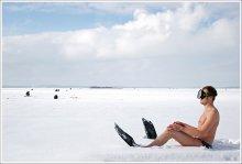 1-ый на пляже или рано приперся / кое-кто помнит эту работу http://photoclub.by/work.php?id_photo=106&id_auth_photo=30#t  я думаю в летний сезон актуально продолжить, учитываю то что иногда не найти себе свободного места, то нужно приходить пораньше :)