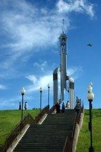 """Лестница на Небеса / Почти юмор, в местной газете перед открытием эту часовню назвали """"Часовня Каплiца Ефрасiнi Полацкай"""". Стоит отметить, что каплiца это и есть часовня в переводе на бел.яз."""