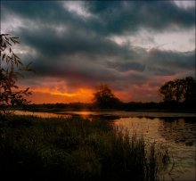 Теплый вечер / Старичек на реке. Поздний вечер.