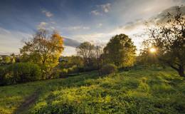 В саду под осенним солнцем / Вечером в Ясной поляне.