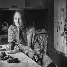 Софи (портрет с птицей) / Минск, 2017