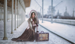 Waiting for the train / Постановочная фотография была сделана для 2nd international contest 35AWARDS2016