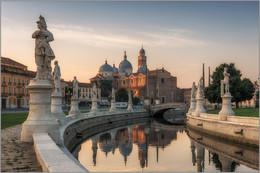 Morning of Padua. / Прато делла Валле в Падуе Италия.