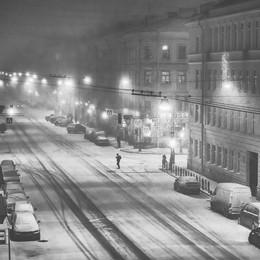 А из нашего окошка... / Первый снегопад в 2018 году. Петербург.