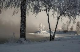 Зимний занавес. / Берег Енисея.