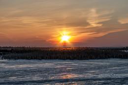 Мартовское утро на озере / Мартовский восход