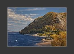 Лысая гора под Жигулевском. / На вершине горы остатки древнего городища.