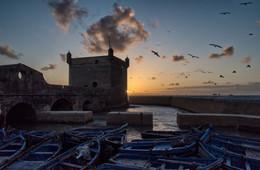 У старого форта / Эс-Сувейра, Марокко
