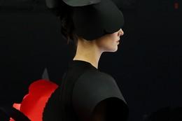 """Маленькое черное платье / снято на выставке художественных работа """"Маленькое черное платье"""" Ростов-на-Дону, 2017г"""