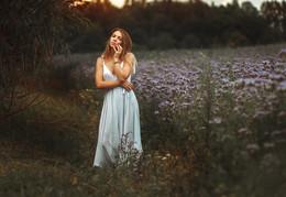 The Violet / ...