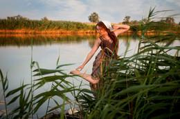 На речке на речке на том бережочке, мыла Марусенька белые ноги. / на реке