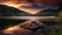 / Abends nach Sonnenuntergang in der Gaal am Ingeringsee