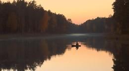 Дело было вечером / Вечерняя рыбалка на лесном осеннем озере