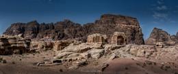 Царские гробницы (панорама) / Усыпальницы набатейских царей в Петре. Иордания