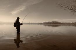 Рыбалка в Минске / В ноябре. Чижовское водохранилище. https://www.instagram.com/fotoportretminsk/