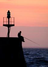 про рыбалку / вечерний рыбачок ps вот нашел похожее у автора EGA http://photoclub.by/work.php?id_photo=27849&id_auth_photo=794#t
