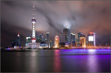 Жемчужина Востока / г.Шанхай.Удивительно контрастный,экзотичный,..На месте этих небоскребов десяток лет назад были рисовые поля.