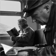 Ликбез / Вагон-читальня.  Электропоезд Минск-Борисов, 7 часов утра.
