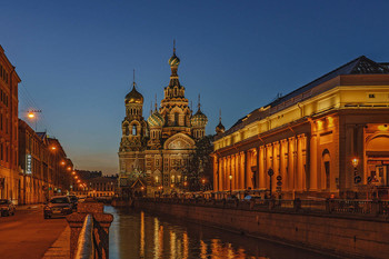 Золото на голубом. / Санкт-Петербург.Ночь.