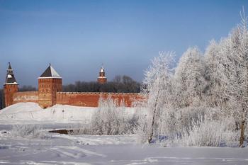 Зима / Прекрасный зимний день в древнем городе