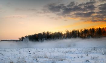 Тревожный рассвет / Зимние туманы.