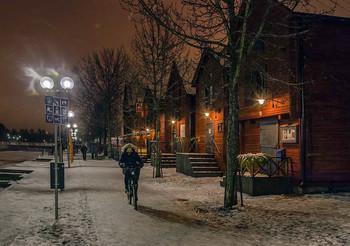 We Wish You A Merry Christmas / Оулу, Финляндия, Рождество  http://www.youtube.com/watch?v=Dt9l_SVvyRc
