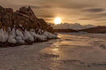 Нового дня начало / Байкал, Малое море ..22 декабря 2018