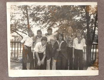 групповой портрет / я со своими пацанами в 9 классе